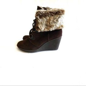 Bjorndal Kouri Boot Brown Suede Wedge Size 8